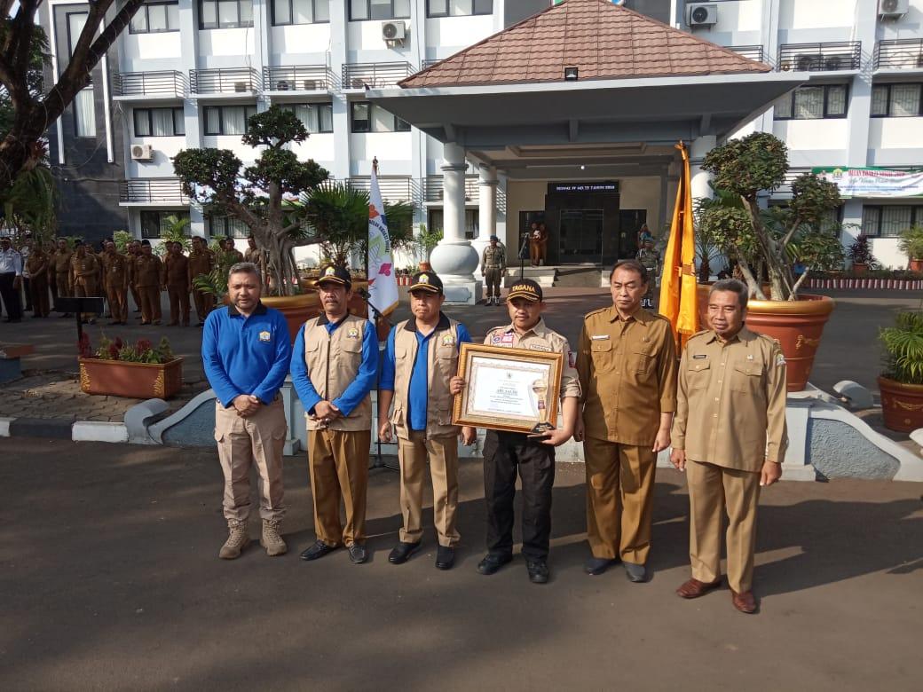 Ketua Tagana Kota Serang Abu Salim Sebagai Tagana Teladan Ke 2 Tingkat Nasional pada kegiatan Jambore Nasional Tagana yang dilaksanakan di Jawa Timur